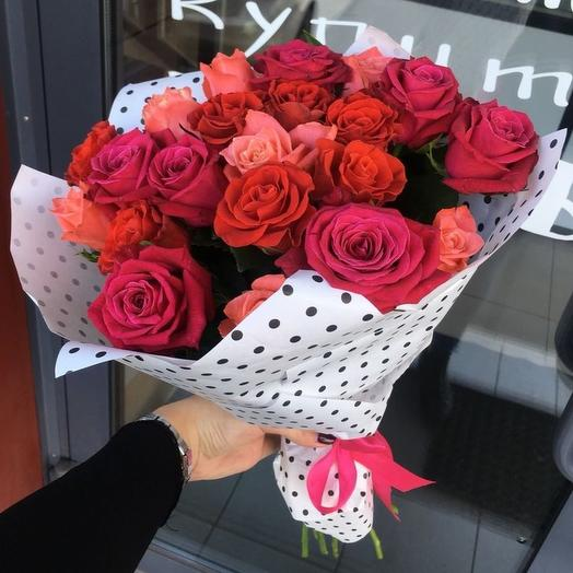 Букет из 19 российских роз: букеты цветов на заказ Flowwow