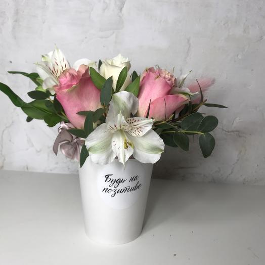 Будь на позитиве: букеты цветов на заказ Flowwow
