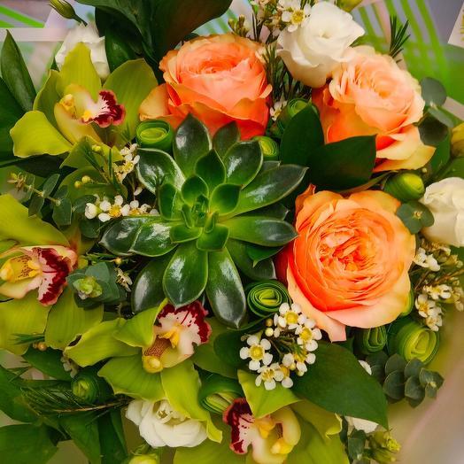 Букетик с суккулентом: букеты цветов на заказ Flowwow