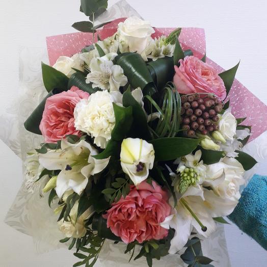 Букет Premium с пионовидной розой: букеты цветов на заказ Flowwow