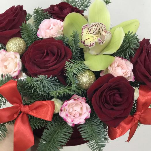 Новогодняя: букеты цветов на заказ Flowwow