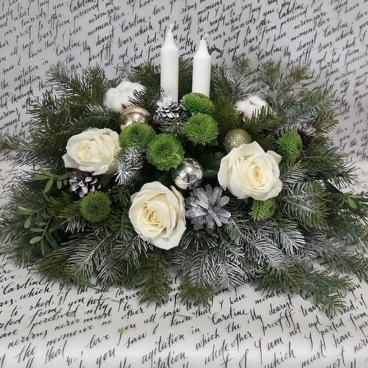 Композиция настольная новогодняя: букеты цветов на заказ Flowwow