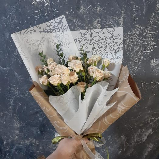 Бежевый-хит сезона: букеты цветов на заказ Flowwow