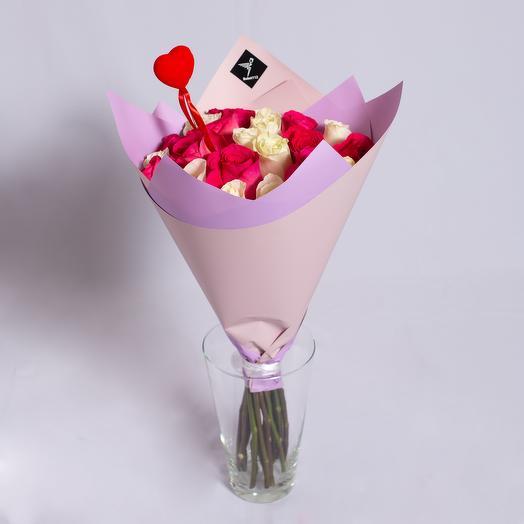 21 роза premium микс с сердечком ко дню всех влюбленных