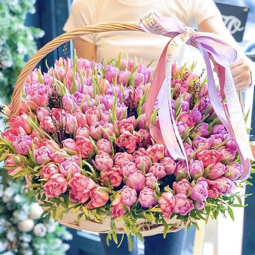 Море тюльпанов: букеты цветов на заказ Flowwow