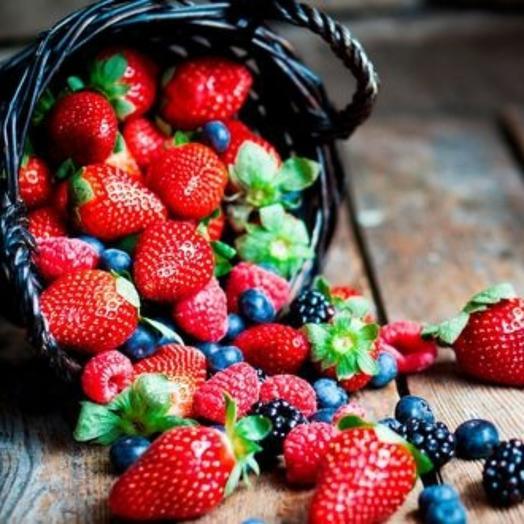 Корзинка ягодная