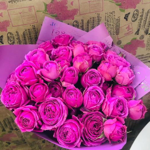 Моно букет из пионовидной кустовой розы: букеты цветов на заказ Flowwow