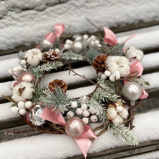 Венок новогодний «белое кружево»