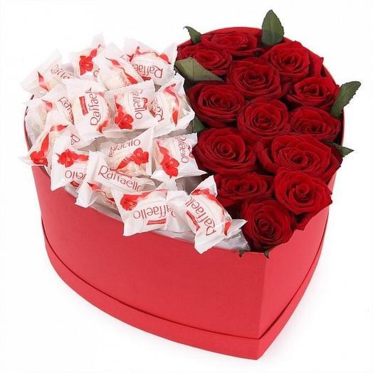 Красные розы с Рафаэлло