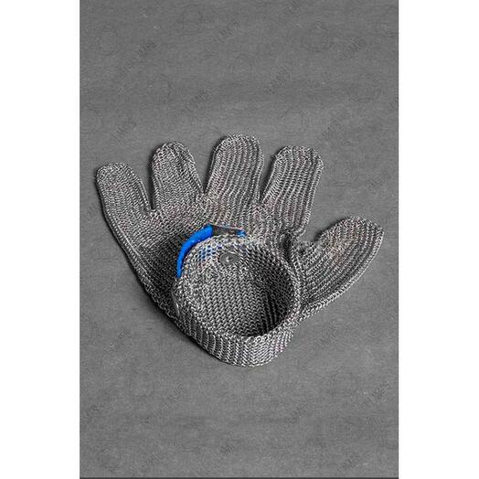 Стальная перчатка для Тесла шоу