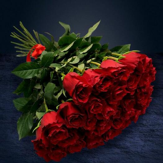 35 красных роз Эквадор