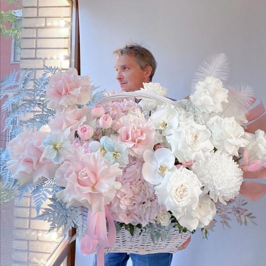 Корзина с цветами под заказ