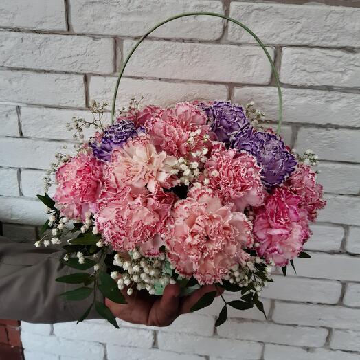 Корзина с цветами 24