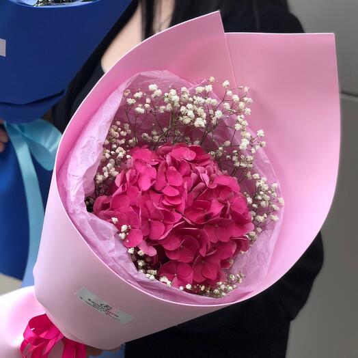 Букетик из гортензии розовый