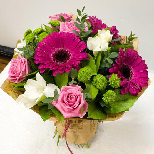 Сборный букет с герберами и другими цветами: букеты цветов на заказ Flowwow