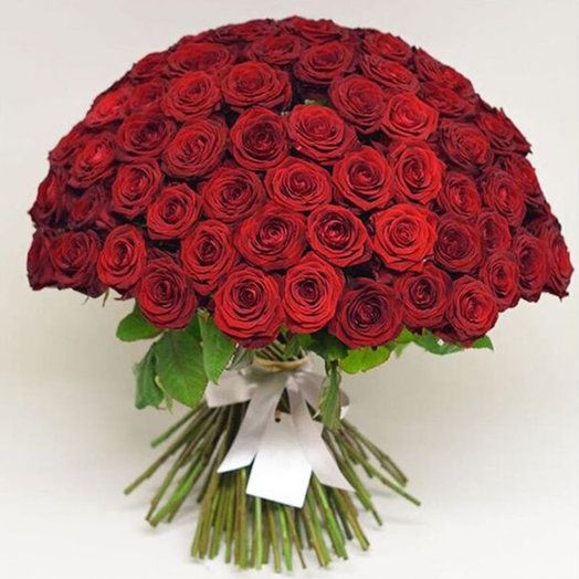 101 Роза Бордо: букеты цветов на заказ Flowwow
