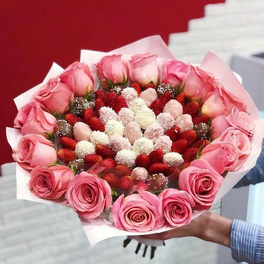 Клубчнтный букет «Strawberre»: букеты цветов на заказ Flowwow