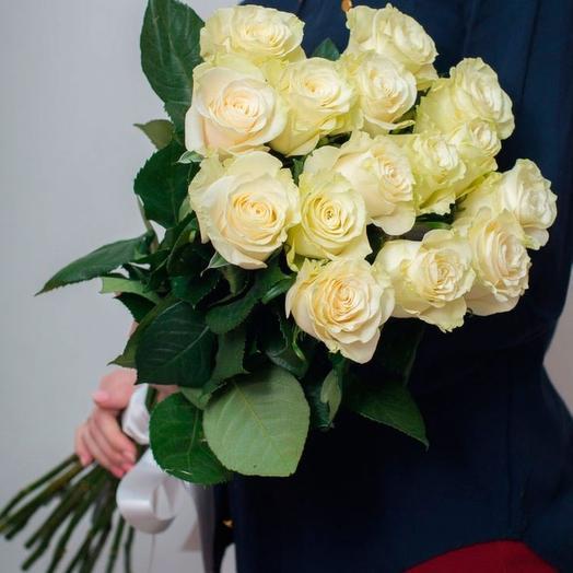 Белые элитные розы: букеты цветов на заказ Flowwow