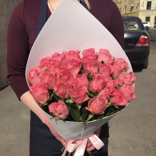 29 розовых роз: букеты цветов на заказ Flowwow