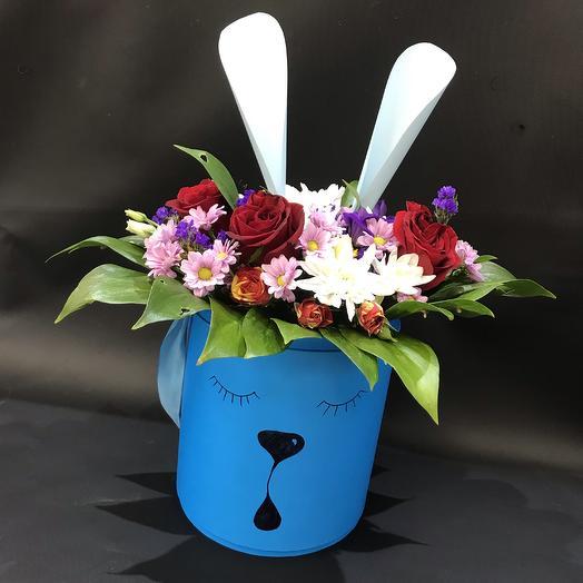 Мечтающий зайка: букеты цветов на заказ Flowwow
