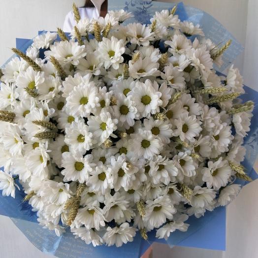 Большой букет из хризантем Ромашковое облако