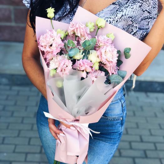 Букет из лизиантуса: букеты цветов на заказ Flowwow