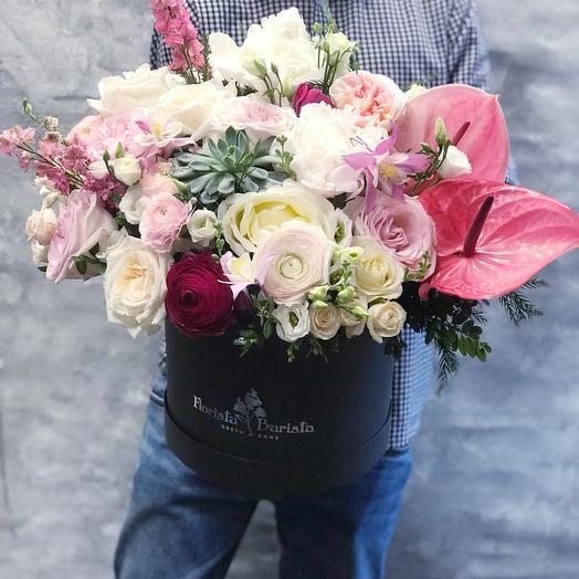 Композиция с французскими розами,антуриумом и эхиверией: букеты цветов на заказ Flowwow