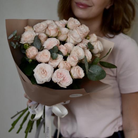 Моно-букет пионовидных роз Бомбастик: букеты цветов на заказ Flowwow