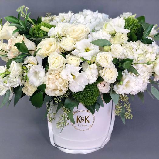 XXL Hat Box Arrangement 10: flowers to order Flowwow