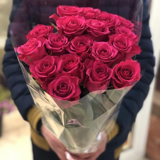Букет из 19 малиновых роз: букеты цветов на заказ Flowwow