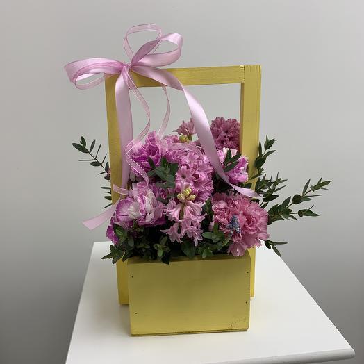 Ящик радости: букеты цветов на заказ Flowwow