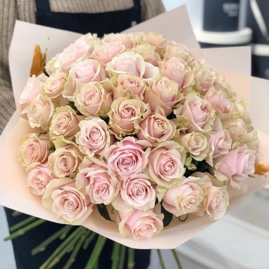 Монобукет из нежных роз