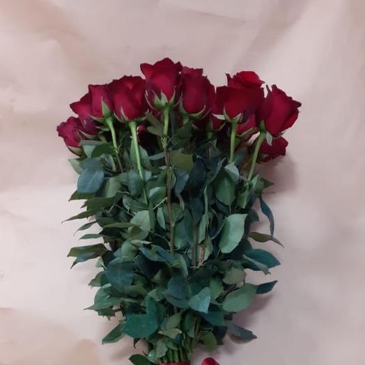 Букет из бордовые роз