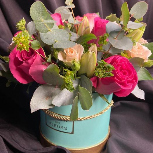 Цветы в коробке зелёная