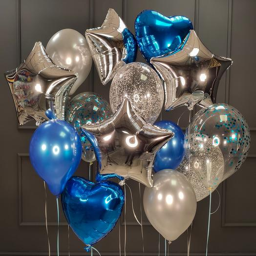 Композиция из синих, серебряных и прозрачных шаров с конфетти, сердцами и звездами