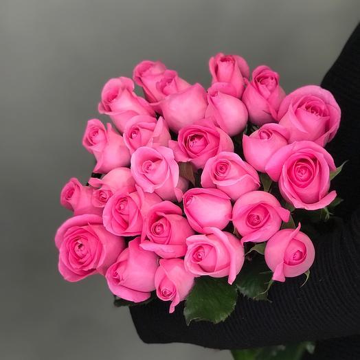 23 розовых роз 50 см