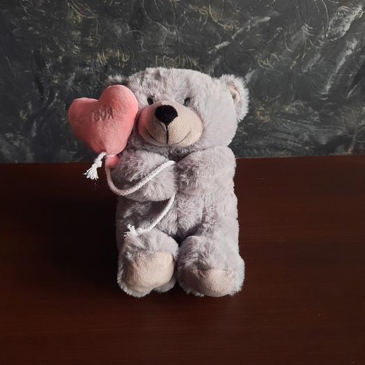 Мишка с валентинкой