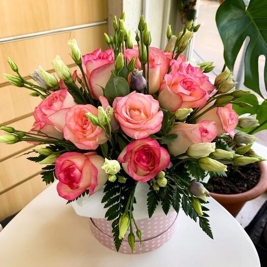Нежно - розовая  коробочка