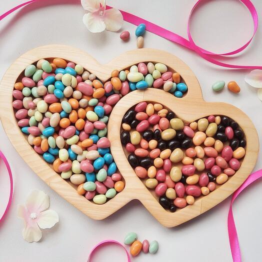 Менажница с арахисом в шоколаде
