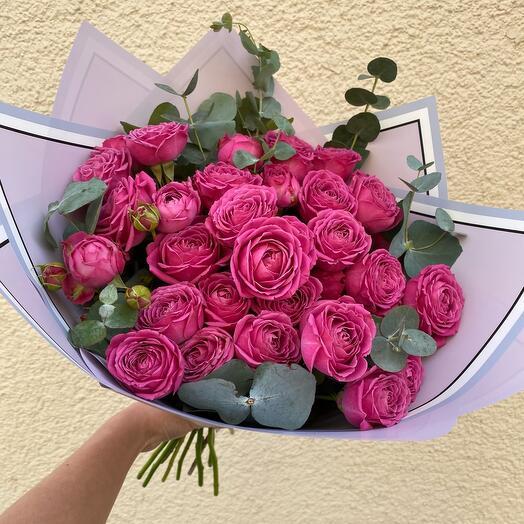 Кустовые пионовидные розы М