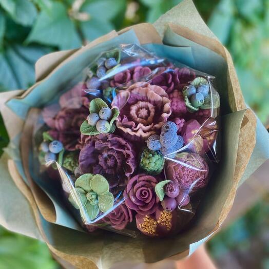 Букет из шоколадных цветов