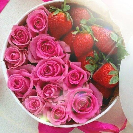 Клубничное счастье: букеты цветов на заказ Flowwow