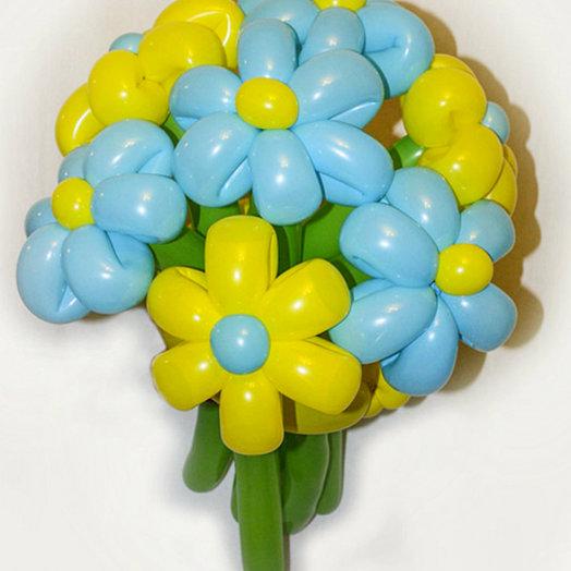 Букет жёлто - голубых ромашек