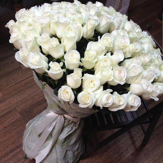 Искренний букет белых роз 101 шт
