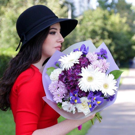 Букет из роз, гербер, хризантем и ирисов: букеты цветов на заказ Flowwow