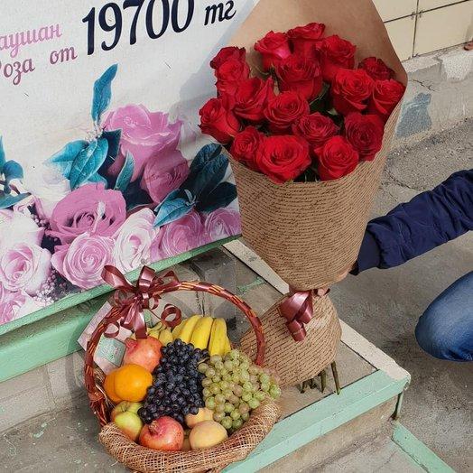Элитные красные розы + фрукты