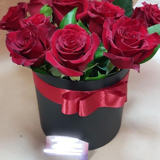 Розы в коробке 3: букеты цветов на заказ Flowwow