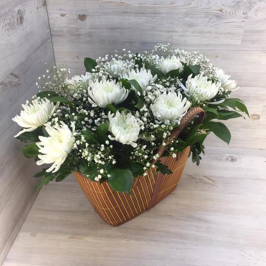 Сумочка из хризантем: букеты цветов на заказ Flowwow