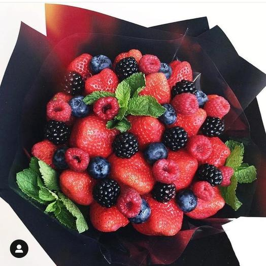 Букет фруктовый «Летний»: букеты цветов на заказ Flowwow