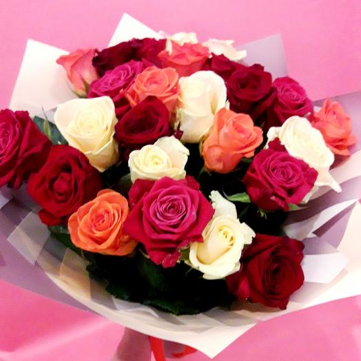 25 роз в крафте под ленту: букеты цветов на заказ Flowwow